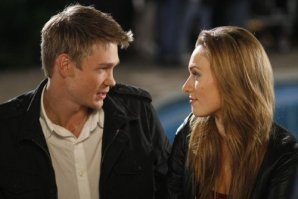 Michaela McManus & Chad Michael Murray